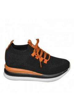 Sneaker zwart oranje veter