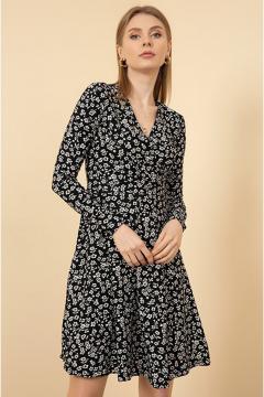 Trendy bloemetjes jurk zwart